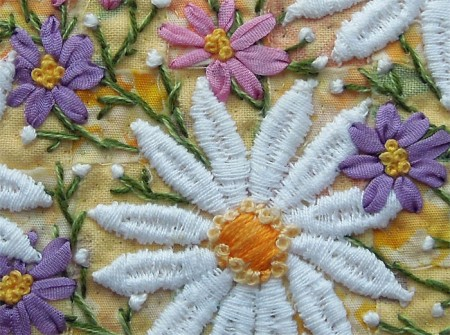 embroidered daisies, detail